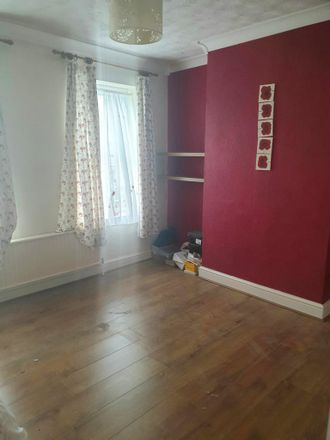 Rent this 2 bed house on Union Street in Dunstable LU6 1EY, United Kingdom