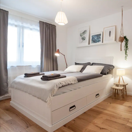Rent this 5 bed apartment on Düsselthaler Straße 31 in 40211 Dusseldorf, Germany