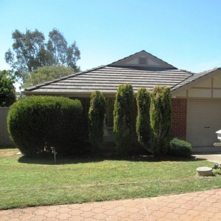 Rent this 3 bed house on 1 Walker Court