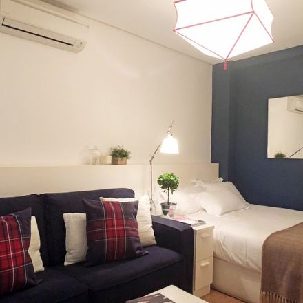 Rent this 0 bed apartment on Escuela Superior de Secretarias in Calle de Lagasca, 28001 Madrid
