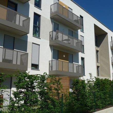 Rent this 3 bed apartment on Haus 10 in Weinmiller-Straße, 85356 Freising