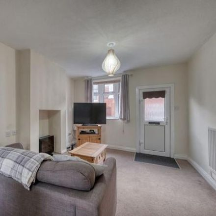 Rent this 2 bed house on The Meadway in Redditch B97 5AB, United Kingdom