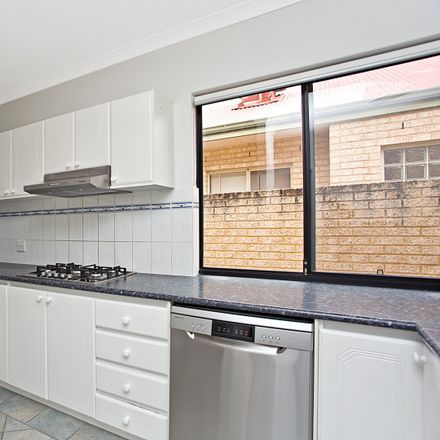 Rent this 3 bed house on 8B Pepler Avenue