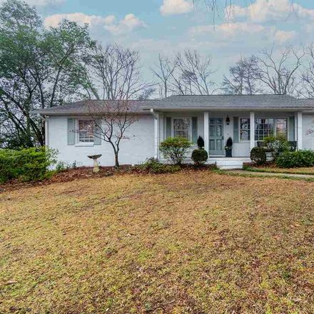 Rent this 3 bed house on 1432 Linda Vista Drive in Vestavia Hills, AL 35226