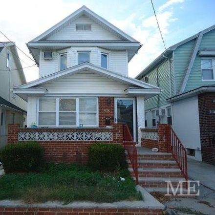 Rent this 3 bed house on E 23rd St in Brooklyn, NY