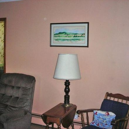 Rent this 5 bed house on 90 Eagle Street in Hoosick Falls, NY 12090
