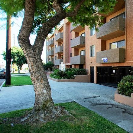 Rent this 1 bed apartment on 3751 Glendon Avenue in Los Angeles, CA 90034