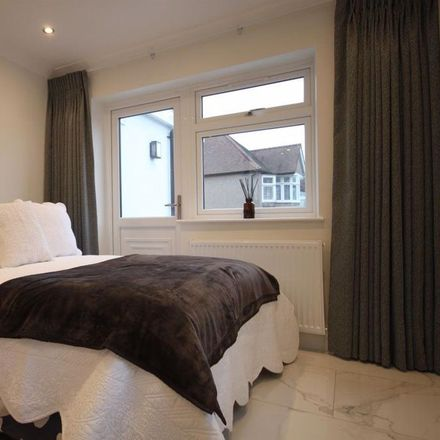 Rent this 1 bed apartment on Southfields in London NW4 4LX, United Kingdom