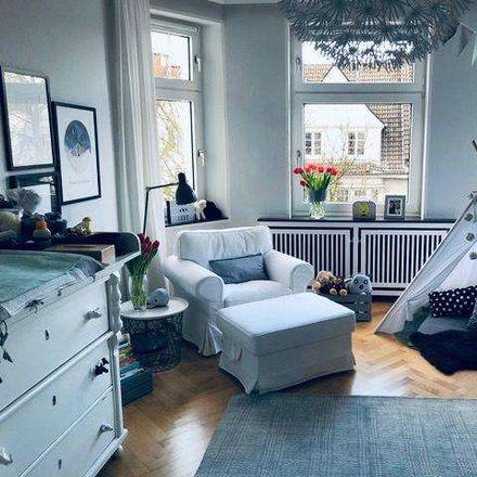 Rent this 6 bed apartment on Kronprinzenstraße 101 in 44135 Dortmund, Germany