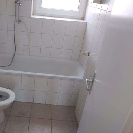 Rent this 3 bed apartment on Richtersfeld 22 in 46286 Wulfen, Germany