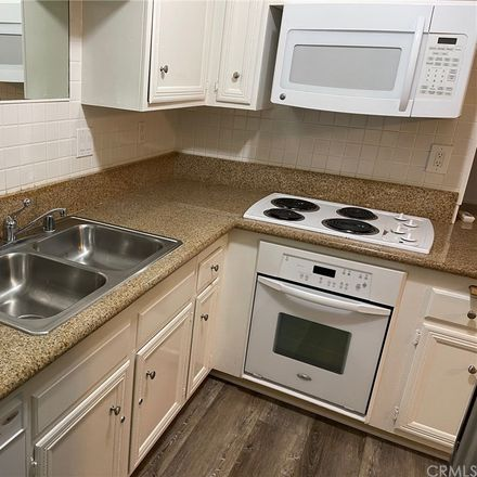 Rent this 2 bed condo on Wisconsin Avenue in Long Beach, CA 90814