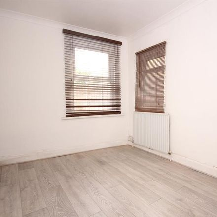 Rent this 1 bed apartment on Saint Thomas's Road in London NW10 4AH, United Kingdom
