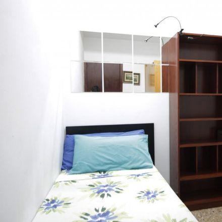 Rent this 3 bed apartment on Carrer de Casanova in 102, 08011 Barcelona