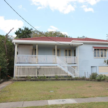 Rent this 3 bed house on 30 Bougainville St