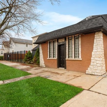 Rent this 6 bed house on Beat 2513 in North Mulligan Avenue, Chicago