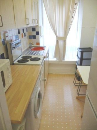 Rent this 2 bed apartment on Sheffield Children's Hospital in Western Bank, Sheffield S10 2TJ