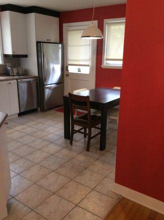 Rent this 2 bed room on 2975 Avenue Sarrazin in Québec, QC G1L 4S6