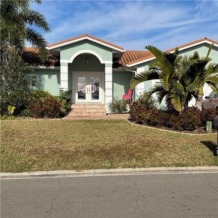 Rent this 3 bed house on 915 Chipaway Dr in Apollo Beach, FL