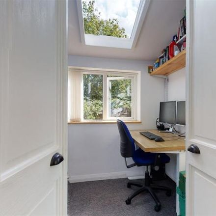 Rent this 3 bed house on Hawthorne Street in Bristol, BS4 3BZ