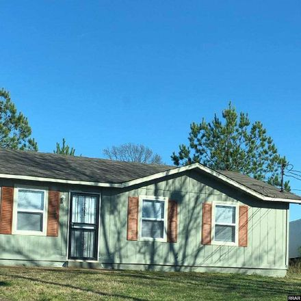 Rent this 3 bed house on White St in Jackson, TN