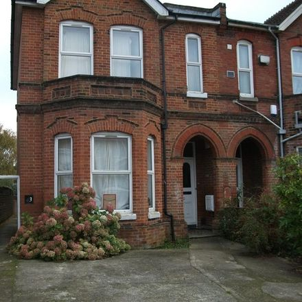 Rent this 9 bed house on 66 Alma Road in Southampton SO14 6UX, United Kingdom