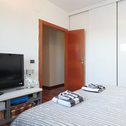 Rent this 3 bed apartment on Plaça de les Bugaderes d'Horta in 08032 Barcelona, Spain