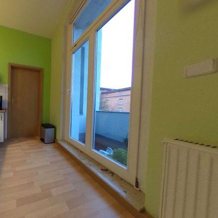 Rent this 2 bed apartment on Zum Elfmeter in Adolfstraße, 06114 Halle (Saale)