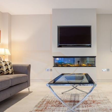 Rent this 3 bed apartment on Block G in Rostrevor Place, Rostrevor Place