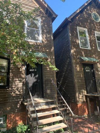 Rent this 2 bed townhouse on 1446 West Polk Street in Illinois Medical District, IL 60607