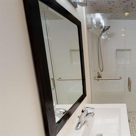 Rent this 1 bed room on 988 Corbett Avenue in San Francisco, CA 94114-1818