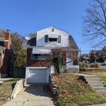 Rent this 2 bed house on 929 Berry Avenue in Bellevue, KY 41073