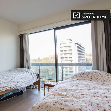 Rent this 3 bed apartment on Hippocrate in Avenue Hippocrate - Hippokrateslaan, 1200 Woluwe-Saint-Lambert - Sint-Lambrechts-Woluwe