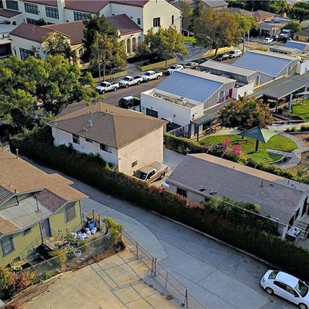 Rent this 7 bed duplex on Carlyle St in Los Angeles, CA