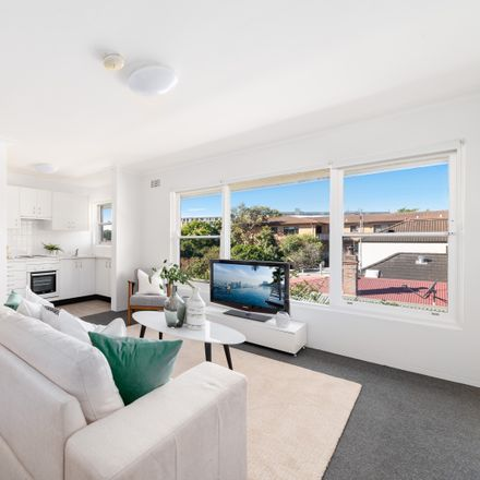 Rent this 1 bed apartment on 4/12 Grosvenor Street