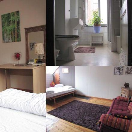 Rent this 3 bed room on Rue de Montigny 17 in 6000 Charleroi, Belgique