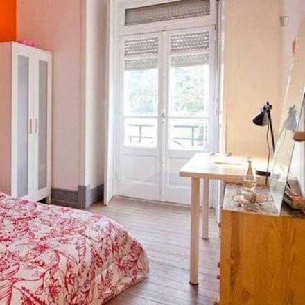 Rent this 5 bed room on Centro de Yoga Sivananda Vedanta Lisboa in Avenida Almirante Reis 238A, 1900-183 Areeiro