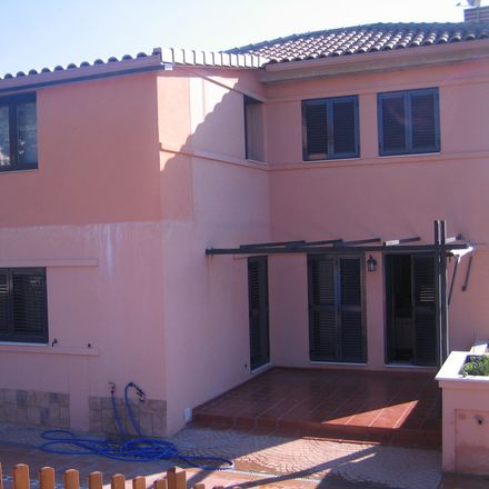 Rent this 1 bed house on Santiago Apóstol in Carretera de Valdemorillo, 3