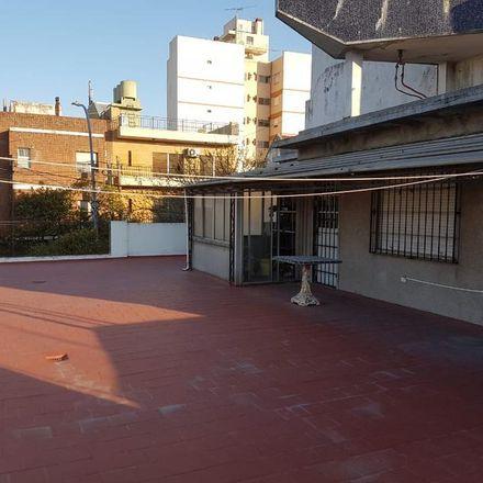 Rent this 5 bed apartment on Jean Jaures 3002 in Partido de Lanús, 1822 Valentín Alsina