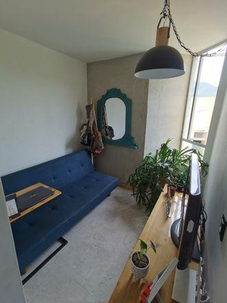 Rent this 2 bed apartment on Titanic Cambios in Carrera 5, Comuna 3