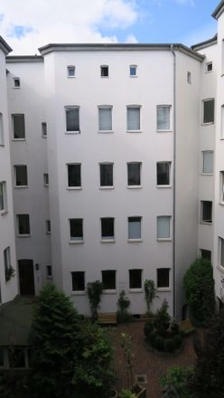 Rent this 5 bed apartment on Streiberstraße 37 in 06110 Halle (Saale), Germany