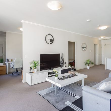 Rent this 2 bed apartment on B507/3 Timbrol Avenue