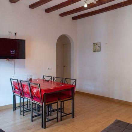 Rent this 2 bed apartment on Carrer de les Egipcíaques in 08001 Barcelona, Spain