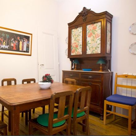 Rent this 5 bed room on Rua do Possolo 16 in 1350-252 Lisboa, Portugal