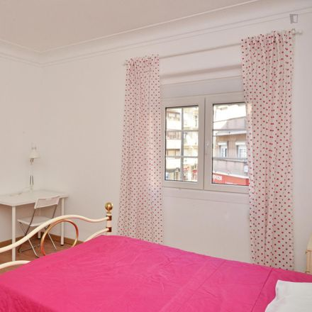 Rent this 5 bed room on Papo Cheio in Rua Oliveira Martins 6, 1000 Lisbon