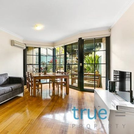 Rent this 3 bed house on 60 Lamb Street