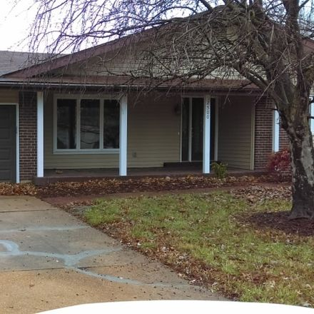 Rent this 3 bed house on 2972 Sussex Drive in Cross Keys, MO 63033