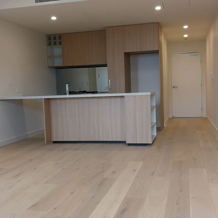 Rent this 3 bed apartment on 501/35B Upward Street