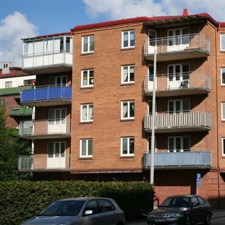 Rent this 2 bed apartment on Viktoriagatan in 302 46 Halmstad, Sweden