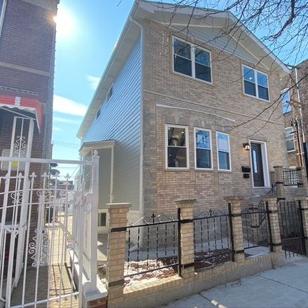 Rent this 5 bed house on 3143 West Leland Avenue in Chicago, IL 60625