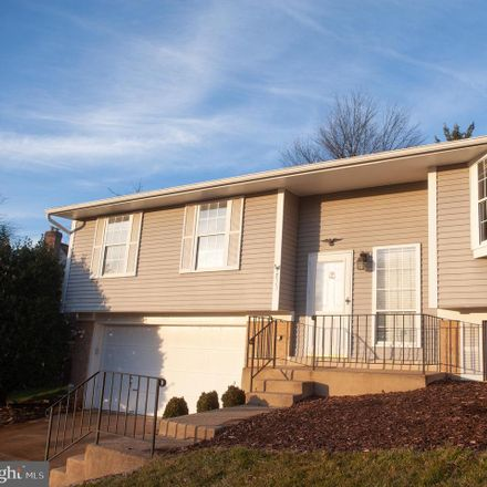 Rent this 3 bed house on 733 Gentle Breeze Court in Herndon, VA 20170